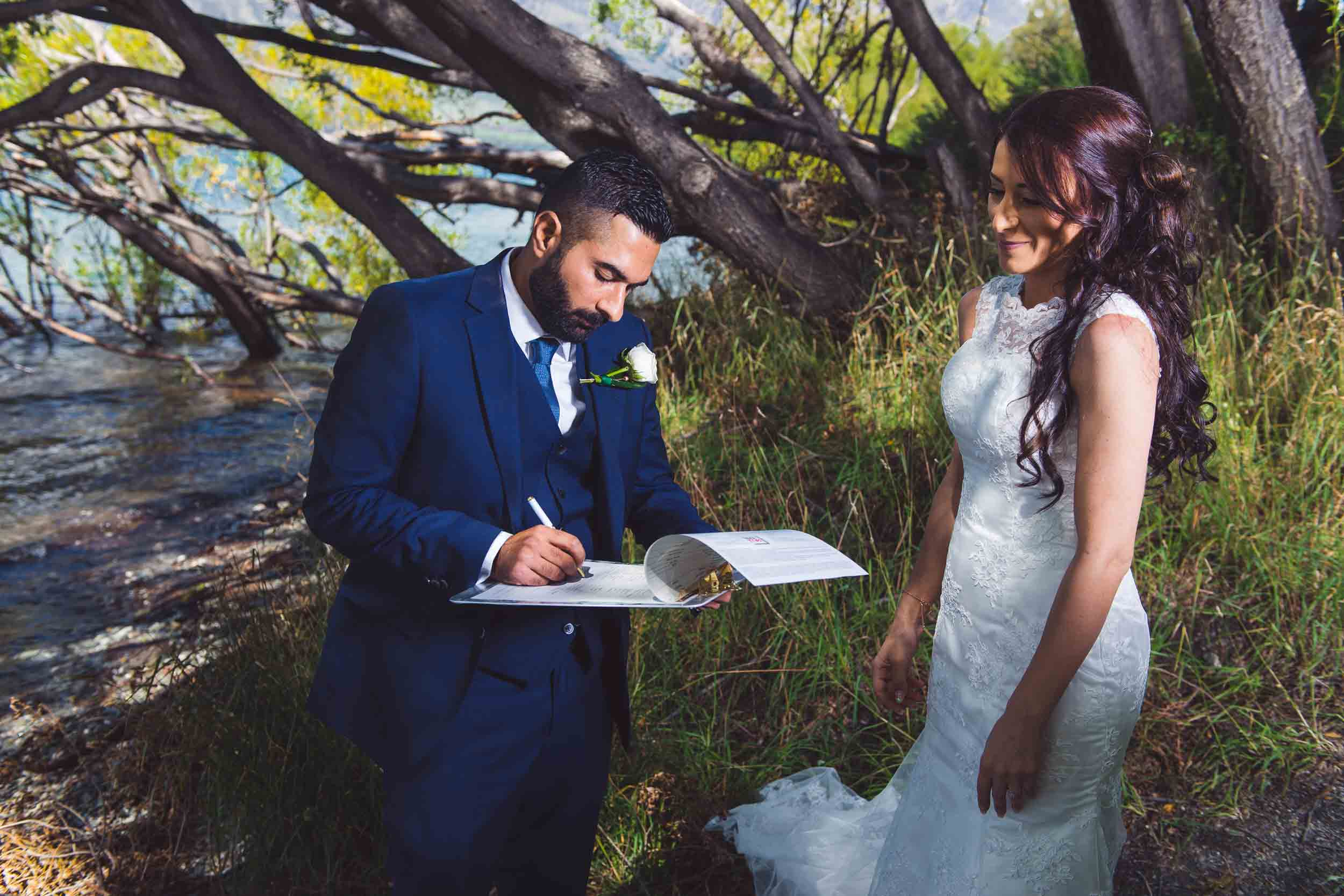 Relaxed Happy Romantic Elopement fallon photography