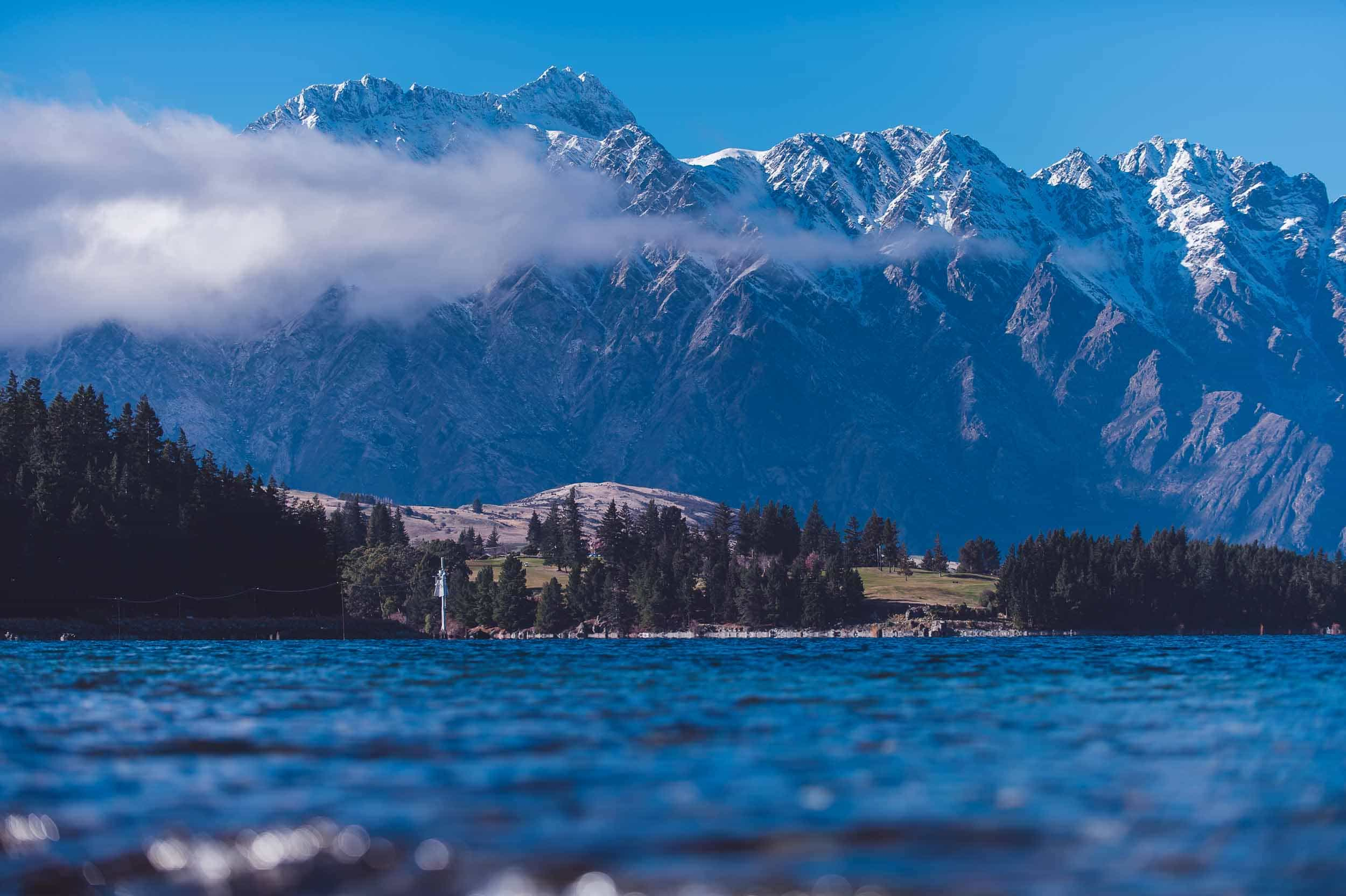 misty mountains remarkables cloud lake wakatipu