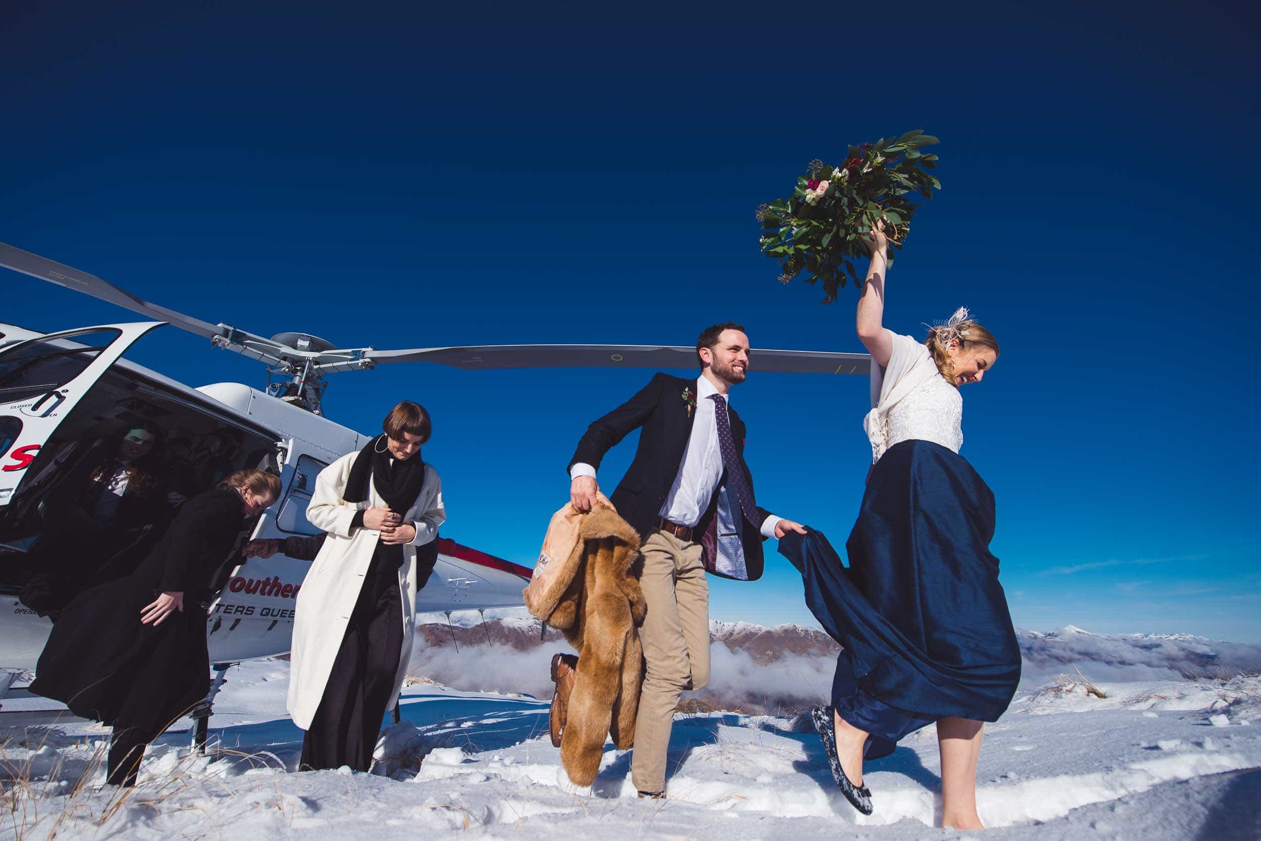 spectacular queenstown heli wedding snow