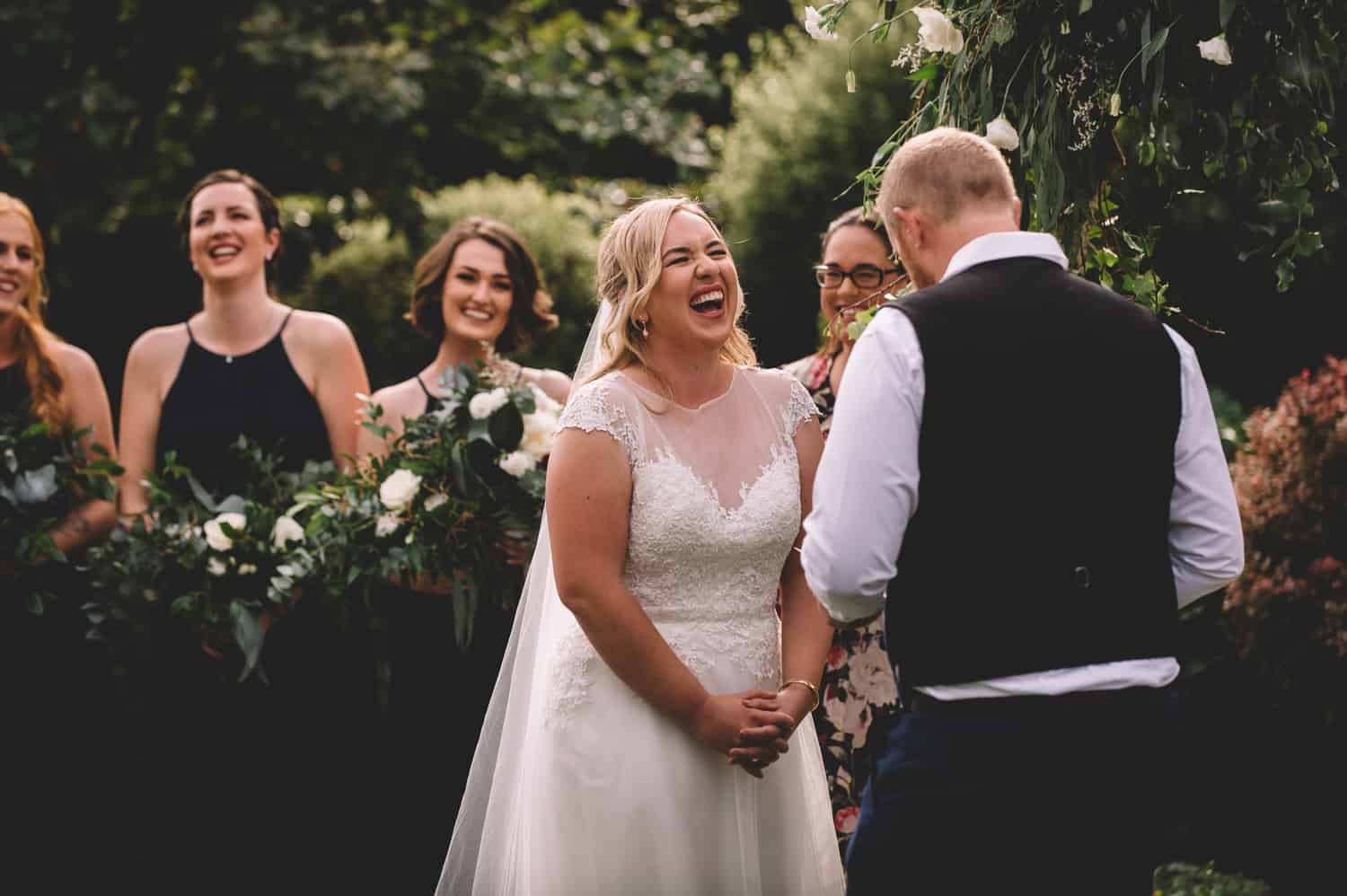 blog post wedding day timeline nz relaxed Winehouse Wedding Dayna Nathan Fallon Photography