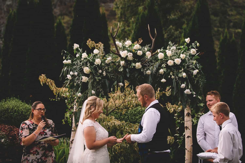 blog post featured image wedding venues blog post wedding venues relaxed Winehouse Wedding Dayna Nathan Fallon Photography