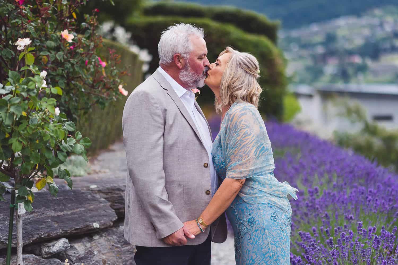 blog post featured image queenstown backyard elopement