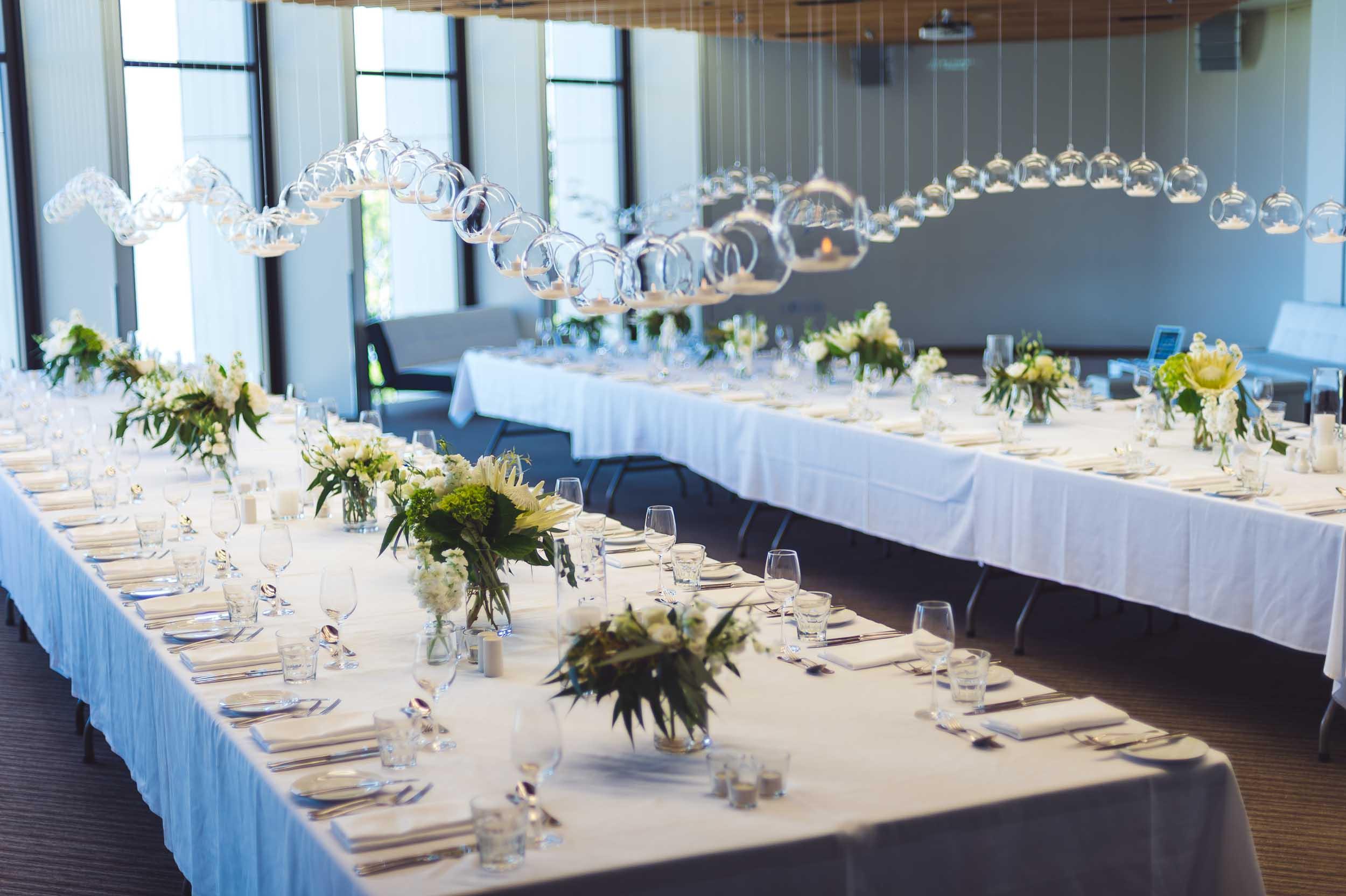 heritage hotel wedding reception table setup