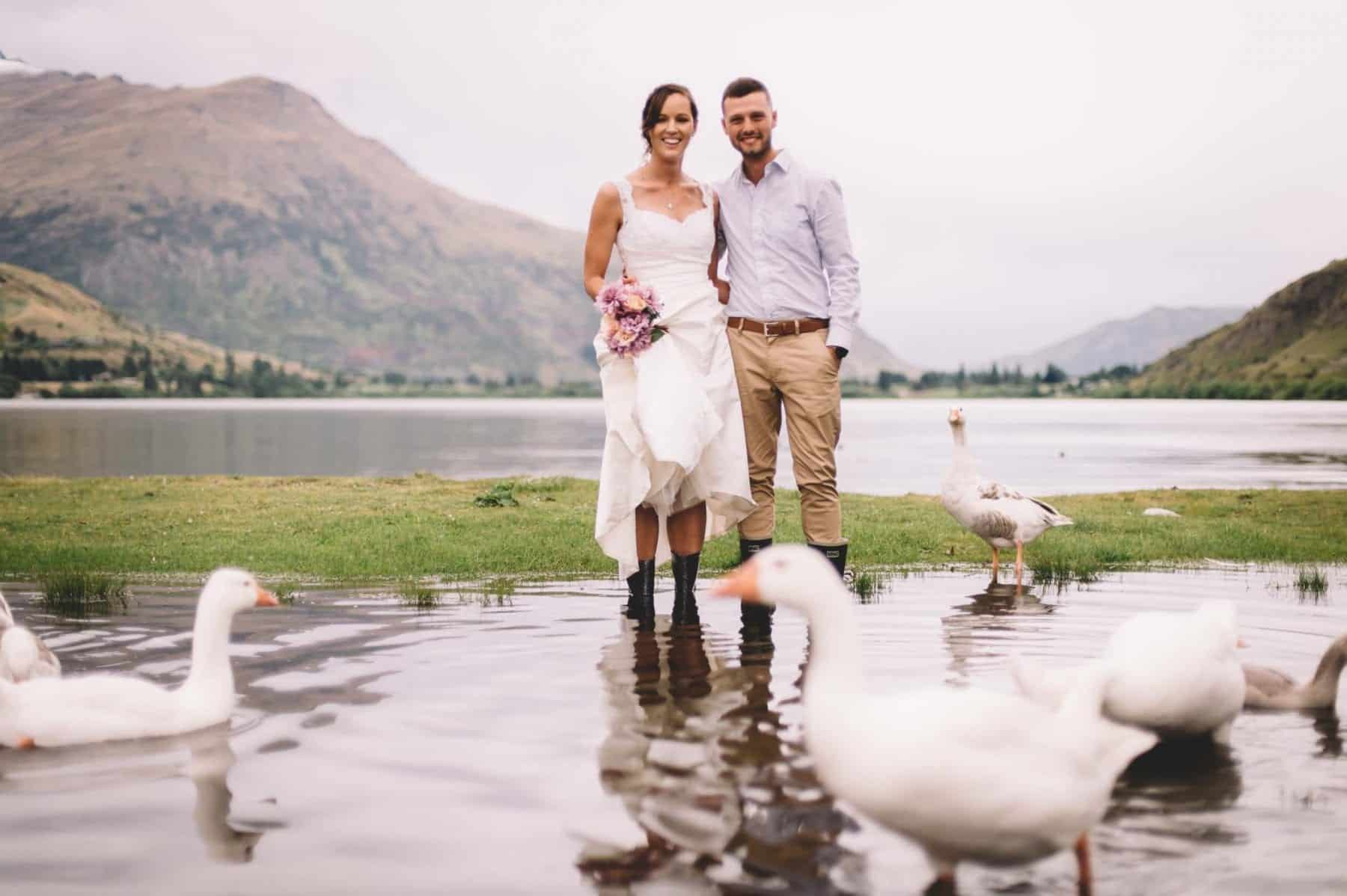 blog post featured image arrowtown elopement elopement locations queenstown lake hayes ducks dupe